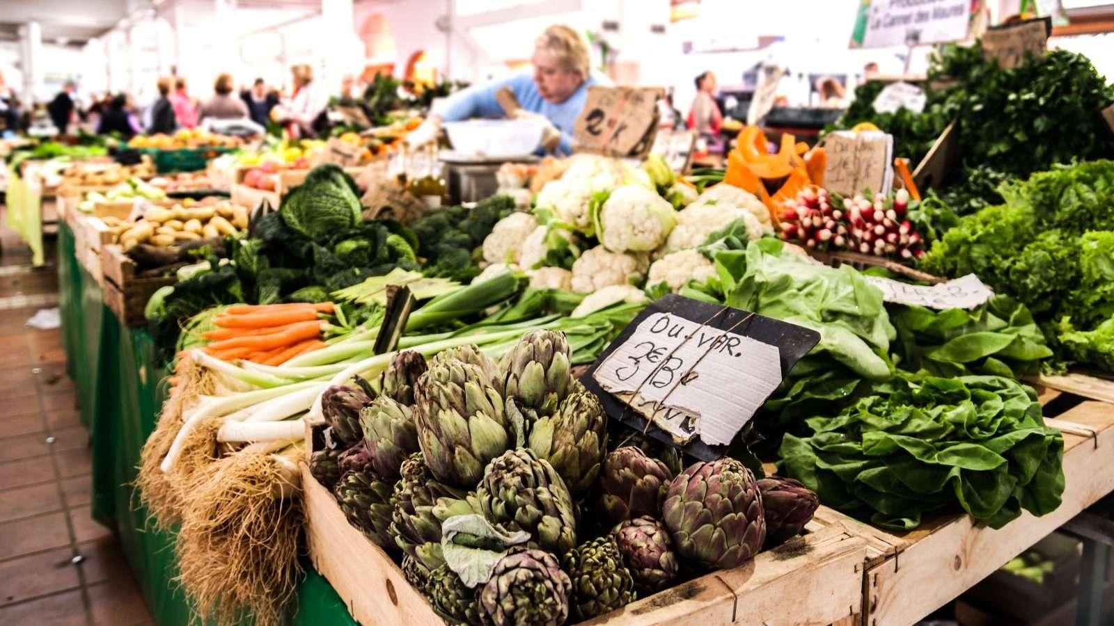 French vegetable market